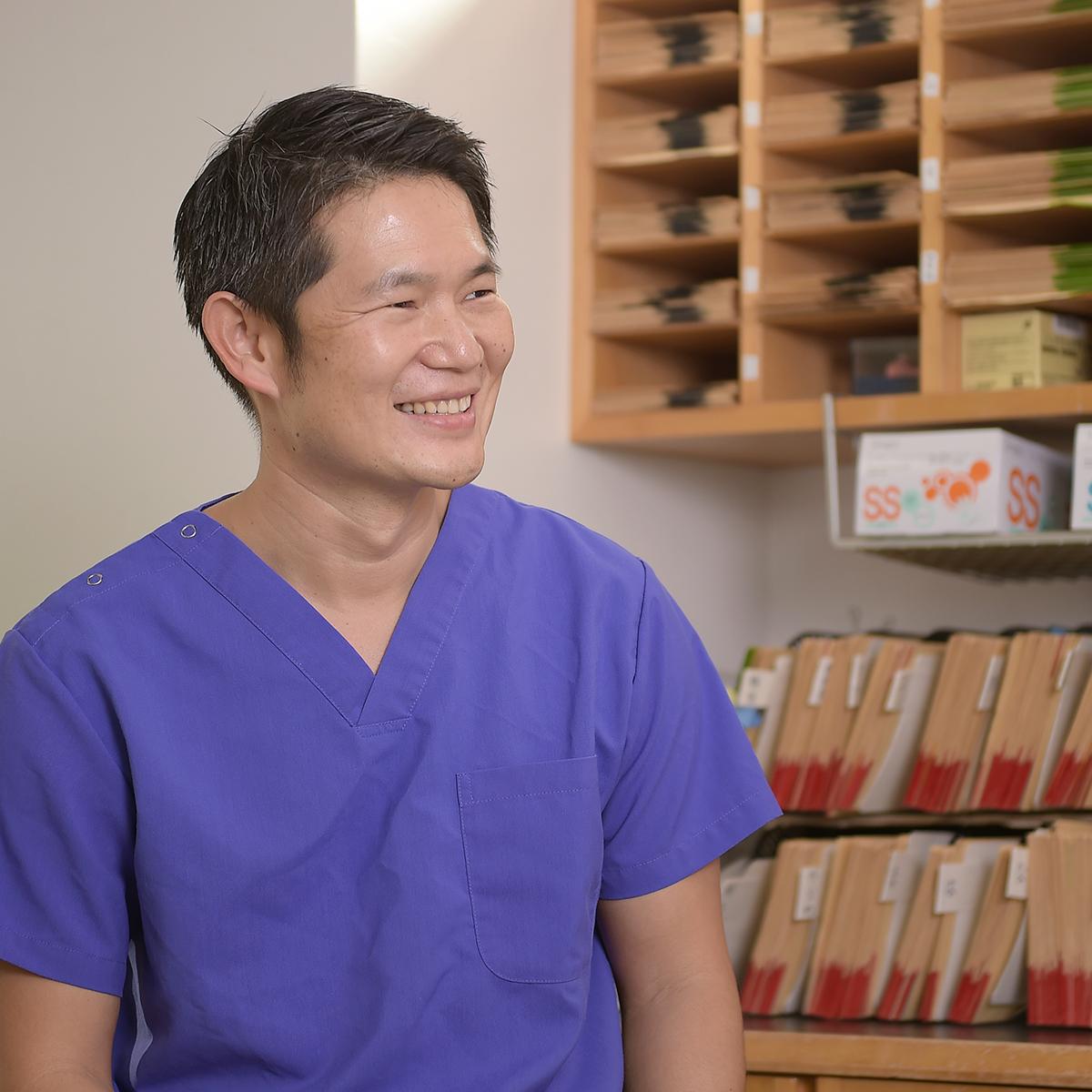 審美歯科には保険適応と保険適応外があります。